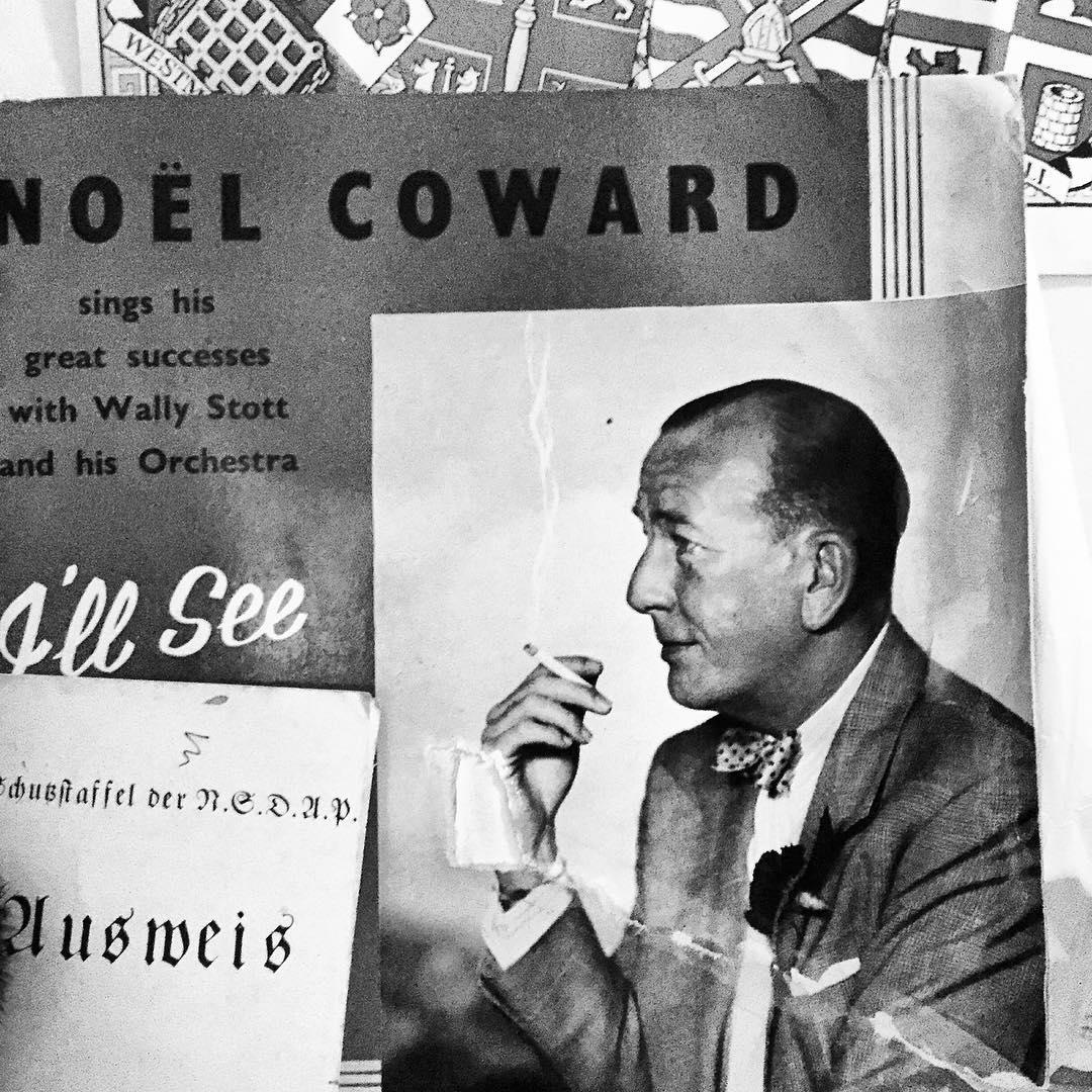 Noel Coward sings his great successes